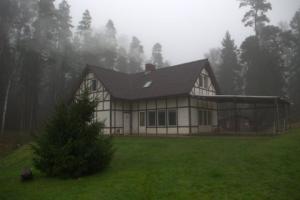 māja-1